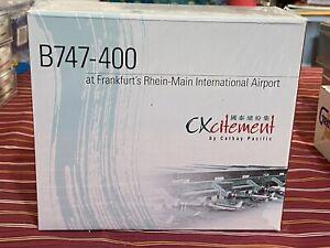 1:500 Cathay Pacific B747 400 CXcitement Airport Display Set Rare
