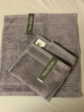 NWT VERA WANG  WASHCLOTH   Set of 2  Pewter