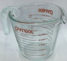 Pyrex 16oz Glass Measuring Cup - 2 Cup / 500ml - great Condition