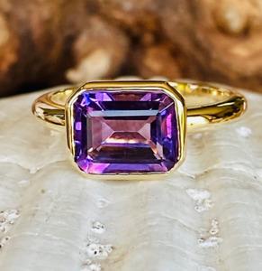 3.0CT Emerald Amethyst Solitaire Gemstone Wedding Ring 14K Yellow Gold Finish