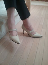 Fitzwell leather beige cream ivory Mary Jane pumps 8.5
