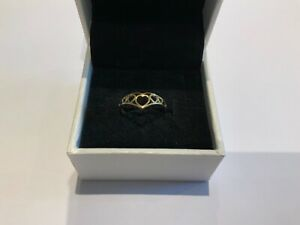 Small Stunning 9ct Gold Heart Wishbone Ring Size J+ Girls