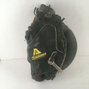 Akadema Precision Series APM40 Black Leather Baseball Catchers Glove/Mitt RHT