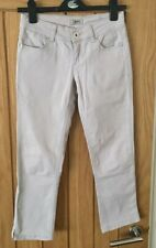 Guess Skinny Cropped Jeans. Size 25.