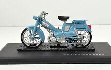 Motobécane AV65 hellblau Baujahr 1965 von Norev 1:18 Modell die-cast model