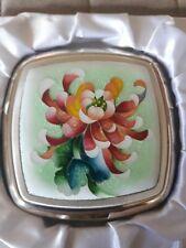 VINTAGE PINK LADY CLOISSONNE COMPACT IN ORIGINAL BOX