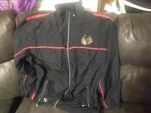 NHL Chicago Blackhawks CCM Wind Suit Jacket Windbreaker Large hockey center ice