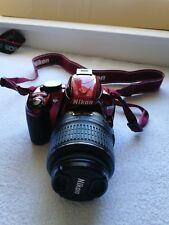 Nikon D 3100 Rojo