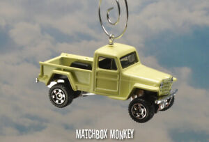 1951 Jeep Willys Pickup Truck SUV Custom Christmas Ornament 1/64 Adorno Pickup