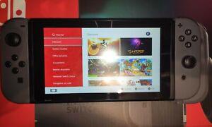 Console Nintendo Switch Grise Nouvelle Génération  - Bon État + Coque Famicom...