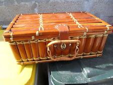 Valise suitcase couverts pic nique randonnée camping voiture bag malette malle