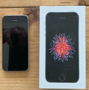 Apple iPhone SE - 64GB - Space Grey (O2) A1723 (CDMA + GSM)
