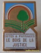 Ancien PIN'S : Sites & Paysages LE BOIS DE LA JUSTICE - CAMPING à MONNERVILLE