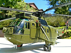 Corgi Westland Sea King Helicopter HC.Mk 4 Commando RNFAA No.846 NAS, 1:72 Scale