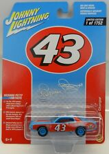 2017 Johnny Lightning *RICHARD PETTY #43 STP* 1974 Dodge Charger STOCK CAR *NIP*