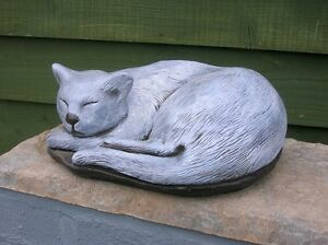 SALE SLEEPING CAT Statue Garden Ornament Curled Up Painted Grey 10in BN Memorial