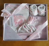 Newborn/New Baby Boy Blue or Girl Pink 4 Piece Gift Box Set Baby Shower Present