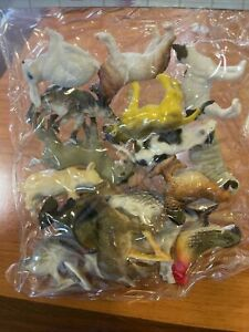 18 Plastic farm Animals Figure Model Animal Toys. Approx. 1.5-2 Inches