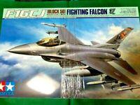 Tamiya 1/32 Aircraft Series No.15 US Air Force Lockheed Martin F-16CJ Figure F/S
