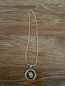 WEDGWOOD JASPERWARE BLACK NECKLACE WITH GOLD COLOURED CHAIN