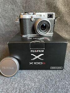 "Fujifilm X Series X100S 16.3MP Digital Camera - Silver + Leather Case ""Amazing"""