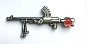 COLLECTABLE MILITARY SOLDIER BREN GUN RIFLE LAPEL REMEMBRANCE PIN BADGE