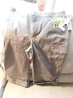 Lee Woman's Natural Fit Capris~Instantly Slims You~Size 10~Brown~NEW~Free Ship