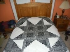 Amish Quilt, Queen Size Black/White Log Cabin Star
