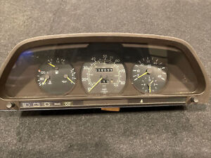 79-85 Mercedes-Benz W126 Speedometer Instrument Cluster 300SD 1265424401 DIESEL