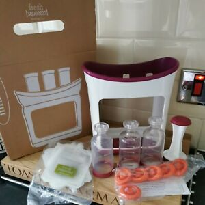 Infantino Squeeze Station Fresh Organic Baby Food Puree Maker 6 Feeding Pouches