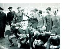 TOMMY LAWRENCE LIVERPOOL FC KEEPER HAND SIGNED 10 X 8 BLACK AND WHITE PHOTO