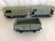 4 HORNBY DUBLO FREIGHT WAGONS 2 or 3 RAIL BRAKE VANS + HORSE BOX + GREY 16T COAL
