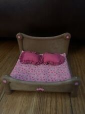 Lil Woodzeez Furniture Bedroom Double Bed with Blanket & Pillows Pink Floral