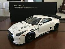 Autoart 1:18 NISSAN 2010 GT-R FIA-GT1 - Matt White - Excellent Shape! *RARE*