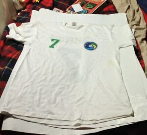 Eric Cantona ex Manchester United NYC vintage T SHIRT L Fruit Of The Loom UNWORN