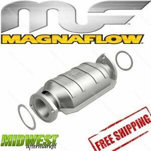 Magnaflow Catalytic Converter 96-97 Lexus LX450 | 95-97 Toyota Land Cruiser 4.5L