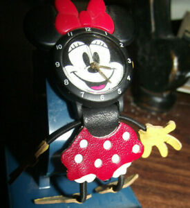 NEW Vintage Disney Minnie Mouse Leather Figure Watch