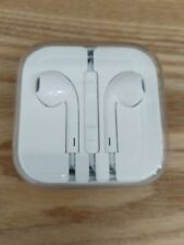 100% Genuine/Official Apple EarPods Earphones With Inline Mic and Remote.