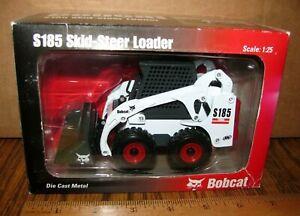 RARE Ingersoll Rand IR Bobcat S185 Skid Steer Loader 1:25 Toy Die Cast Metal NIB