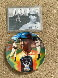 SPORT IMPRESSIONS MINI COLLECTOR plate CY YOUNG & 1994 Upper Deck Baseball Card