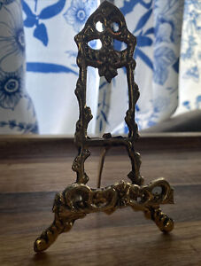 """Vintage Ornate Solid BRASS Display EASEL for Small  Photo, Book or Plate 6"""" tall"""