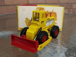 Dinky diecast No 976 Michigan Tractor Dozer 1968-76 Original never played with