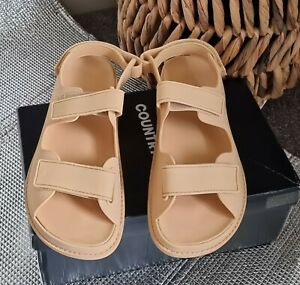 New Country Road Two Strap Sandals Size 40  Camel RRP $119