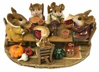 Wee Forest Folk Family Gathering Special Edition M-302 Retired Figurine W/BOX
