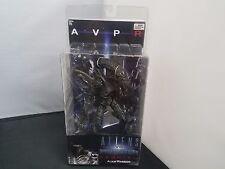 """Neca Aliens Vs Predator Requiem (AVPR) Alien Warrior 7"""" Action Figure NISB"""