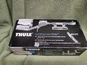TRUCK 821xt BED BIKE RACK Thule Locking Low Rider new