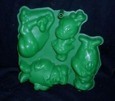 VINTAGE FLINSTONES HANNA-BARBERA JELLO CAKE PLASTIC MOLD FRED BARNEY PEBBLES