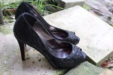 ZU ~Sequined Open Toe Black Platform Stiletto Heel Size 39.5/ 8.5 Good Condition