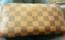 Womans Large Brown and Tan Checked Purse looks new.