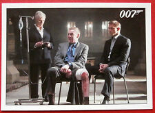 JAMES BOND - Quantum of Solace - Card #005 - M and Bond Interrogate Mr White